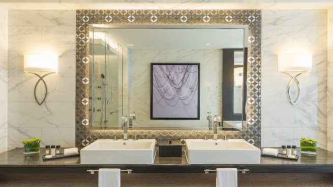 Sheraton-Grand-Hotel---Presidential-Suite---Bathroom