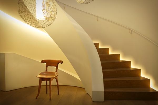 Gaudi - batllo szék