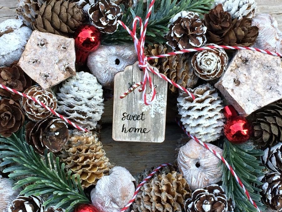 adventi koszorú és karácsonyi ajtókopogtató
