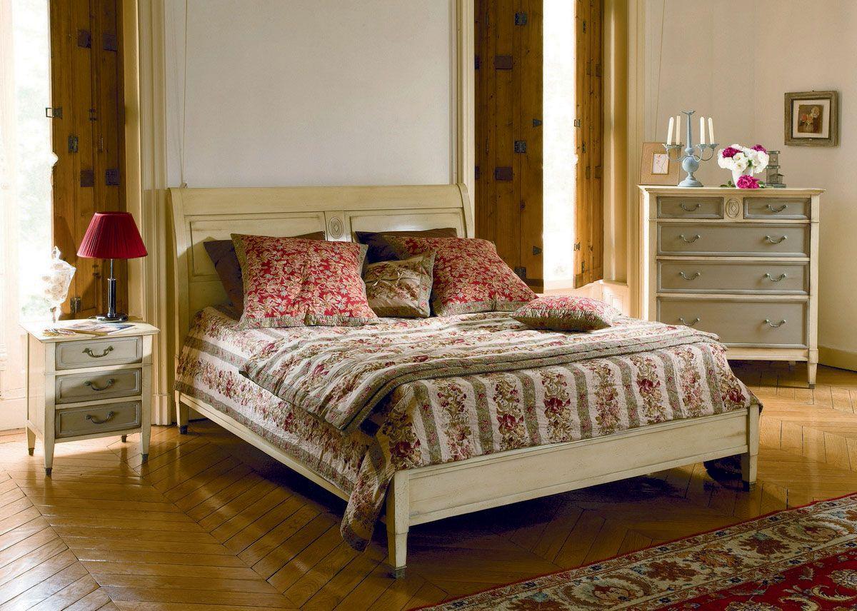 GRANGE DIRECTOIRE ágy