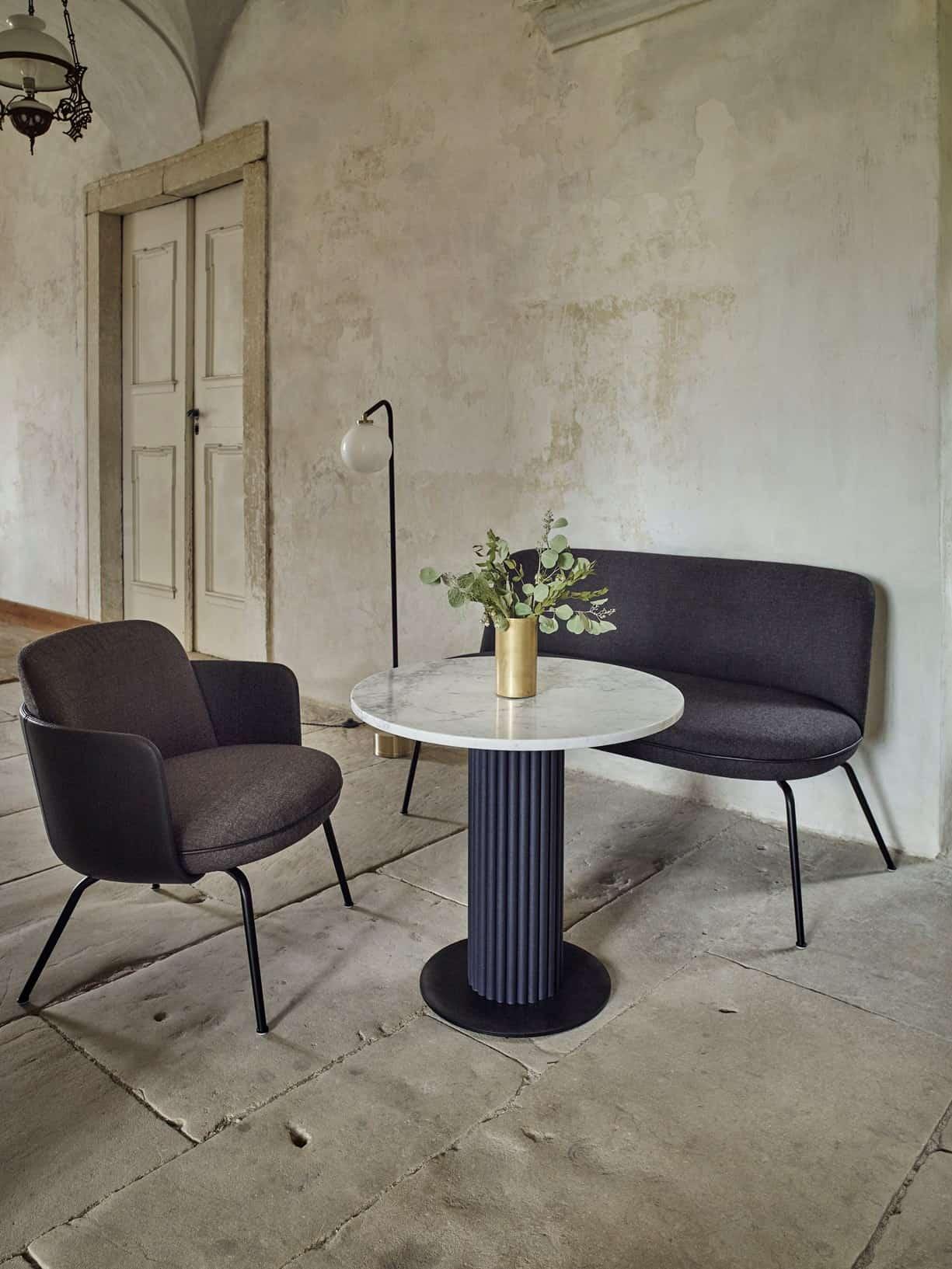 MILES asztal és MERWYN LOUNGE fotel és kétszemélyes loveseat fotel