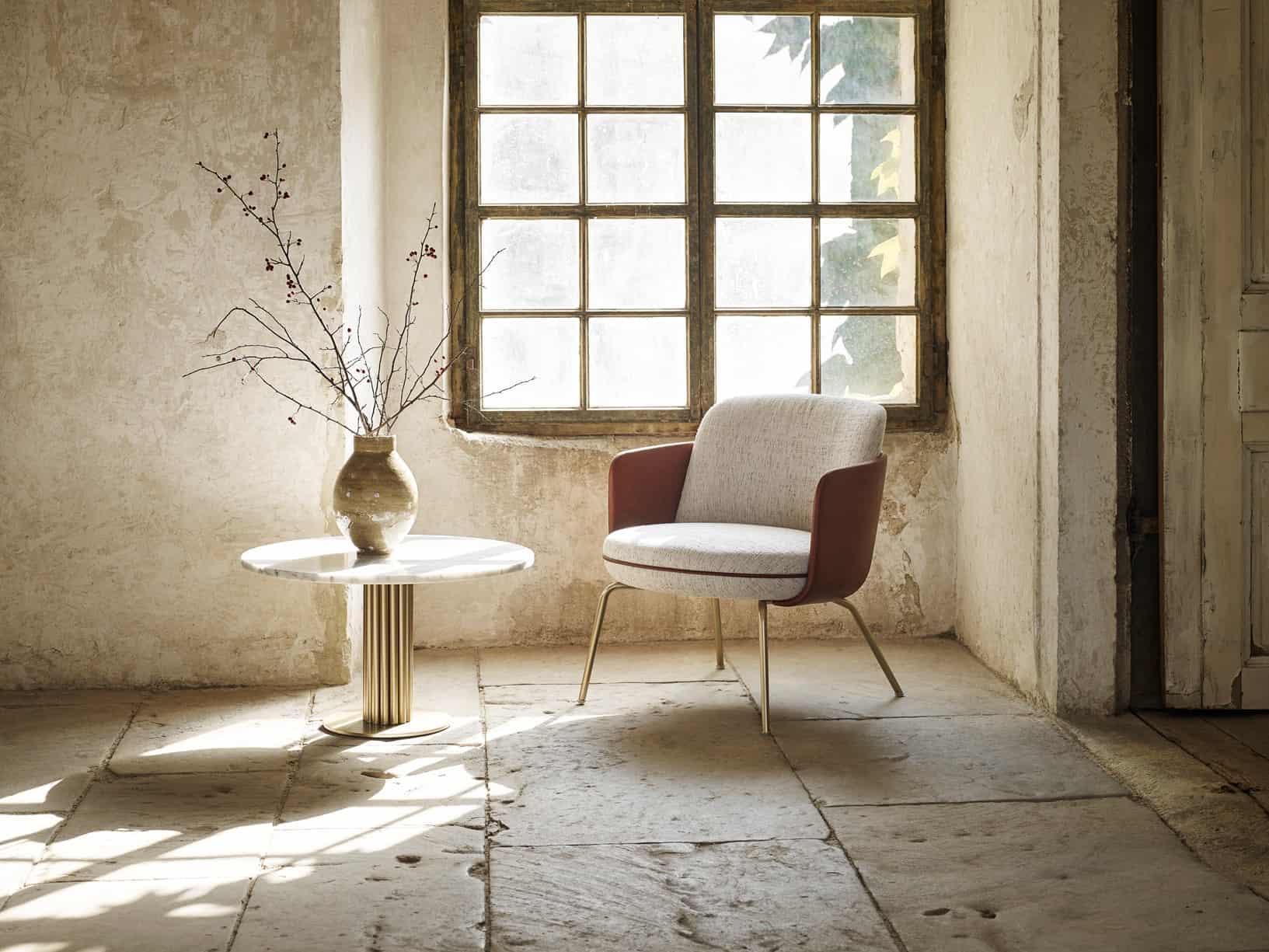 MILES asztal és MERWYN LOUNGE fotel